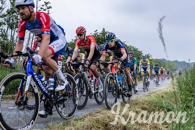 ,Thibau Nys (BEL/Baloise Trek Lions)using his CX skills<br /> <br /> 17th Dwars Door Het Hageland 2021<br /> One Day Race: Aarschot – Diest 18Okm (UCI 1.Pro)<br /> Bingoal Cycling Cup 2021<br /> <br /> ©kramon