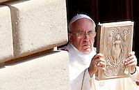20130815 VATICANO: PAPA FRANCESCO CELEBRA LA SOLENNITA' DELL'ASSUNZIONE DI MARIA A CASTEL GANDOLFO