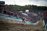 "Sven Nys (BEL/Crelan-AAdrinks) diving into ""The Pit""<br /> <br /> GP Zonhoven 2014"