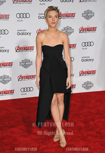 """Scarlett Johansson at the world premiere of her movie """"Avengers: Age of Ultron"""" at the Dolby Theatre, Hollywood.<br /> April 13, 2015  Los Angeles, CA<br /> Picture: Paul Smith / Featureflash"""