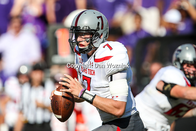 Texas Tech Red Raiders quarterback Davis Webb (7) in action during the game between the Texas Tech Red Raiders and the TCU Horned Frogs at the Amon G. Carter Stadium in Fort Worth, Texas. TCU defeats Texas Tech 82 to 27.