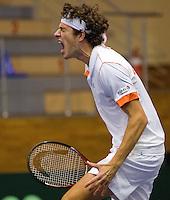 06-03-11, Tennis, Oekraine, Kharkov, Daviscup, Oekraine - Netherlands,  Robin Haase slaakt een oerkreet als hijm de derde set wint