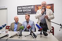 """Augenzeuge des Odessa-Massaker berichtet ueber die Morde am 2. Mai 2014 und die Entwicklung dahin.<br /> Am 2. Mai starben bei einem Massaker in und vor dem Gewerkschaftshauses in Odessa nach offiziellen Angaben mehr als 50 Menschen. Die Zahl der Toten liegt vermutlich hoeher, denn viele Menschen aus dem brennenden Gebaeude fluechteten, wurden auf der Straße erschlagen. Die Tageszeitung """"junge Welt"""" empfing den den Ueberlebenden, Oleg Muzyka (Podiumsmitte), und zeigt eine Fotoausstellung mit zum Teil schockierenden Bildern von Aktivisten.<br /> Links: der Dolmetscher Helmut Ettinger; rechts Arnold Schoelzel, Chefredakteur der """"jungen Welt"""".<br /> 11.8.2014, Berlin<br /> Copyright: Christian-Ditsch.de<br /> [Inhaltsveraendernde Manipulation des Fotos nur nach ausdruecklicher Genehmigung des Fotografen. Vereinbarungen ueber Abtretung von Persoenlichkeitsrechten/Model Release der abgebildeten Person/Personen liegen nicht vor. NO MODEL RELEASE! Don't publish without copyright Christian-Ditsch.de, Veroeffentlichung nur mit Fotografennennung, sowie gegen Honorar, MwSt. und Beleg. Konto: I N G - D i B a, IBAN DE58500105175400192269, BIC INGDDEFFXXX, Kontakt: post@christian-ditsch.de<br /> Urhebervermerk wird gemaess Paragraph 13 UHG verlangt.]"""