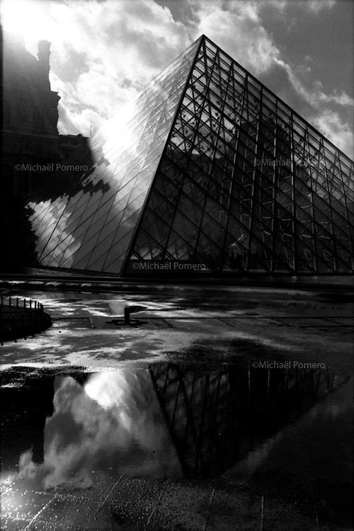 11.2002 <br /> <br /> Louvre museum.<br /> <br /> Musée du Louvre.