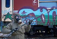 -  Italian army, Interforces School for NBC war, decontamination of a train ....- Esercito Italiano, Scuola Interforze di guerra NBC, decontaminazione di un treno