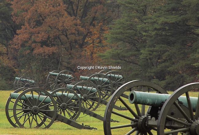 Civil War cannons on Henry Hill, Manassas National Military Park, Virginia, USA. On July 21, 1861 the two armies engaged for the first time in the war, costing nearly 900 lives. They met again in August of 1862, resulting in 3,300 soldiers killed.