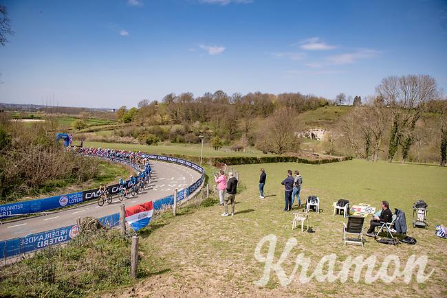 peloton up the Bemelenberg <br /> <br /> 55th Amstel Gold Race 2021 (1.UWT)<br /> 1 day race from Valkenburg to Berg en Terblijt; raced on closed circuit (NED/217km)<br /> <br /> ©kramon