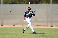 Milwaukee Brewers right fielder Larry Ernesto (24) prepares to catch a fly ball during an Instructional League game against the Los Angeles Dodgers at Maryvale Baseball Park on September 24, 2018 in Phoenix, Arizona. (Zachary Lucy/Four Seam Images)