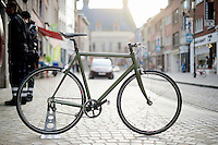 rebuilding a road bike into a single speed city bike