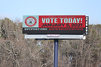 COLLEGE PARK, GA - JANUARY 5: Signs on I285 around the area leading to downtown Atlanta during the Georgia Senate runoff races on January 5, 2021 in College Park, Georgia. <br /> CAP/MP34<br /> ©MPI34/Capital Pictures