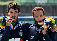 210729 -- TOKYO, July 29, 2021 -- Stefano Oppo L and Pietro Ruta of Italy attend the awarding ceremony of the Lightweight Men s Double Sculls at the Tokyo 2020 Olympic Games, Olympische Spiele, Olympia, OS in Tokyo, Japan, on July 29, 2021.  TOKYO2020JAPAN-TOKYO-OLY-ROWING-LIGHTWEIGHT MEN S DOUBLE SCULLS GuoxChen PUBLICATIONxNOTxINxCHN <br /> Photo Imago  / Insidefoto ITALY ONLY