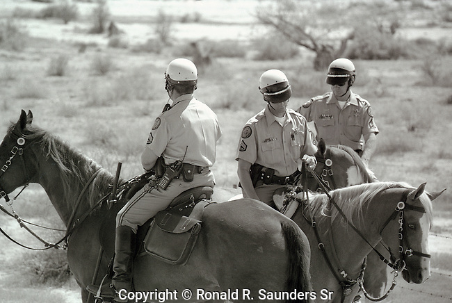 mounted police escort 9th cavalry on journey from Phoenix to New Orleans