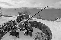 - NATO exercises AMF (Allied Mobil Force) in Norway, february 1986; anti-aircraft artillery of Royal Norwegian Army <br /> <br /> - Esercitazioni NATO AMF (Allied Mobil Force) in Norvegia, febbraio 1986; artiglieria contraerea del Reale Esercito Norvegese