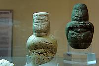 Neolithische Idole (4.Jt.v.Chr.) im Museum Museo Giovanni Antonio Sanna in Sassari,  Provinz Sassari, Nord - Sardinien, Italien