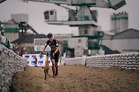 Ellen Van Loy (BEL/Telenet Fidea Lions) running in the sandbox<br /> <br /> women's race<br /> Soudal Jaarmarktcross Niel 2018 (BEL)