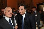 GIANNI LETTA CON MARIO ORFEO<br /> PREMIO GUIDO CARLI - SECONDA EDIZIONE<br /> PALAZZO DI MONTECITORIO - SALA DELLA REGINA ROMA 2011