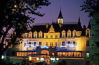 Europe/France/Aquitaine/33/Gironde/Bassin d'Arcachon/Arcachon: Le casino vu de nuit - Château Deganne