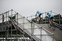 crossing the bridge<br /> <br /> Elite Women's race<br /> UCI 2016 cyclocross World Championships