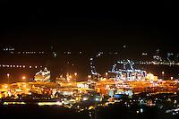 CARTAGENA-COLOMBIA-09-01-2013. Vista nocturna del muelle de la Ciudad de Cartagena de Indias, Colombia Night view of the dock of Cartagena de Indias, Colombia. (Photo: VizzorImage).)...........