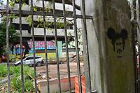 MEDELLIN - COLOMBIA, 21-02-2019: El edificio Mónaco que fue de propiedad del extinto narcotraficante Pablo Escobar en la exclusiva zona del Poblado en Medellín, Colombia será demolido el día de mañana, 22 de febrero de 2019. / The Monaco building that was owned by the late drug trafficker Pablo Escobar in the exclusive area of Poblado in Medellin, Colombia will be demolished tomorrow, February 22, 2019.  Photo: VizzorImage / Leon Monsalve / Cont
