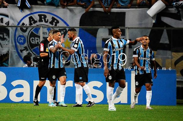 PORTO ALEGRE, RS, 01.12.2019 - GREMIO - SAO PAULO - Luciano comemora o seu gol, na partida entre Grêmio e São Paulo, pela 36. rodada do Campeonato Brasileiro 2019, no estádio Arena Grêmio, em Porto Alegre, neste domingo (1).