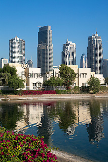 United Arab Emirates, Dubai: Emirates Hills, The Meadows (upmarket villas) and office/apartment blocks of the Dubai Marina area