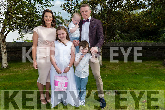 Wk38 Glenbeigh 2020 1st Communion<br /> Molly O'Sullivan from Glenbeigh National School received her First Holy Communion in St. James' Church, Glenbeigh on Saturday pictured with her family <br /> Back L-R Jenny O'Sullivan baby Aodhan and Chris O'Sullivan<br /> Front Molly & her brother Rian
