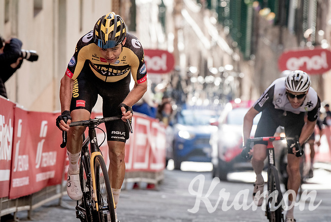 Wout van Aert (BEL/Jumbo-Visma) up the final steep climb in Siena<br /> <br /> 15th Strade Bianche 2021<br /> ME (1.UWT)<br /> 1 day race from Siena to Siena (ITA/184km)<br /> <br /> ©kramon