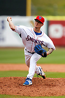 Tennessee Smokies relief pitcher Ethan Roberts (6) delivers a pitch to the plate against the Montgomery Biscuits on May 9, 2021, at Smokies Stadium in Kodak, Tennessee. (Danny Parker/Four Seam Images)