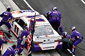 #11: Denny Hamlin, Joe Gibbs Racing, Toyota Camry FedEx Express