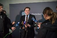 68. Sitzungs des NSA-Untersuchungsausschuss des Deutschen Bundestages. Geladen war fuer die Ausschusssitzung der Sachverstaendige (Sonderermittler) der Bundesregierung, Dr. Kurt Graulich.<br /> Im Bild: Konstantin von Notz, Ausschuss-Obmann von Buendnis 90/Gruene.<br /> 5.11.2015, Berlin<br /> Copyright: Christian-Ditsch.de<br /> [Inhaltsveraendernde Manipulation des Fotos nur nach ausdruecklicher Genehmigung des Fotografen. Vereinbarungen ueber Abtretung von Persoenlichkeitsrechten/Model Release der abgebildeten Person/Personen liegen nicht vor. NO MODEL RELEASE! Nur fuer Redaktionelle Zwecke. Don't publish without copyright Christian-Ditsch.de, Veroeffentlichung nur mit Fotografennennung, sowie gegen Honorar, MwSt. und Beleg. Konto: I N G - D i B a, IBAN DE58500105175400192269, BIC INGDDEFFXXX, Kontakt: post@christian-ditsch.de<br /> Bei der Bearbeitung der Dateiinformationen darf die Urheberkennzeichnung in den EXIF- und  IPTC-Daten nicht entfernt werden, diese sind in digitalen Medien nach §95c UrhG rechtlich geschuetzt. Der Urhebervermerk wird gemaess §13 UrhG verlangt.]