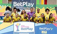BUCARAMANGA- COLOMBIA, 12-07-2021: Atletico Bucaramanga y Deportivo Independiente Medellin durante partido de la Fase de Grupos de la fecha 3por la Liga Femenina BetPlay DIMAYOR 2021 jugado en el estadio Alfonso Lopez de la ciudad de Bucaramanga. / Atletico Bucaramanga and Deportivo Independiente Medellin during a match of the Group Phase the 3rd date for the Women's League BetPlay DIMAYOR 2021 played at the Alfonso Lopez stadium in Bucaramanga city. / Photo: VizzorImage / Jaime Moreno / Cont.