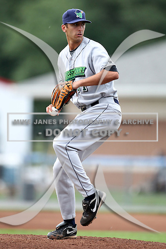 Jamestown Jammers starting pitcher Rett Varner (31) during a game vs. the Batavia Muckdogs at Dwyer Stadium in Batavia, New York July 31, 2010.   Batavia defeated Jamestown 6-1.  Photo By Mike Janes/Four Seam Images