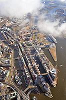 Hafencity und Speicherstadt: EUROPA, DEUTSCHLAND, HAMBURG, (EUROPE, GERMANY), 10.11.2013: Hafencity und Speicherstadt von der Elbphilharmonie bis zu den Grossmarkthallen