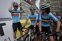 Team Belgium at the race start in Antwerpen, but with Lotte Kopecky (BEL/Liv Racing) still without a race bike minutes before the start<br /> <br /> Women Elite - Road Race (WC)<br /> from Antwerp to Leuven (158km)<br /> <br /> UCI Road World Championships - Flanders Belgium 2021<br /> <br /> ©kramon