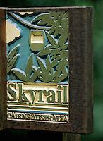 Océanie/Australie/Queensland/Cairns: enseigne du Skyrail, telecabine, qui parcourt la rainforest à partir de Cairns
