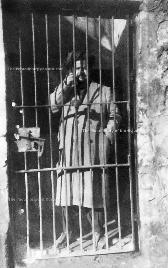 Iraq 1951.Sheikh Latif in the jail of Hilla, on may 2nd.Irak 1951.Sheikh Latif dans la prison d'Hilla le 2 mai