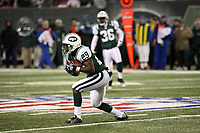 Runningback Leon Washington (Jets)<br /> New York Jets vs. Kansas City Chiefs<br /> *** Local Caption *** Foto ist honorarpflichtig! zzgl. gesetzl. MwSt. Auf Anfrage in hoeherer Qualitaet/Aufloesung. Belegexemplar an: Marc Schueler, Am Ziegelfalltor 4, 64625 Bensheim, Tel. +49 (0) 6251 86 96 134, www.gameday-mediaservices.de. Email: marc.schueler@gameday-mediaservices.de, Bankverbindung: Volksbank Bergstrasse, Kto.: 151297, BLZ: 50960101