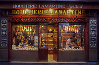 "Europe/France/Ile-de-France/Paris : ""BELLE EPOQUE"" - Boucherie 172 avenue Victor Hugo (XVIIIème)<br /> PHOTO D'ARCHIVES // ARCHIVAL IMAGES<br /> FRANCE 1990"