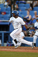 Dunedin Blue Jays outfielder David Harris (7) at bat during a game against the Clearwater Threshers on April 10, 2015 at Florida Auto Exchange Stadium in Dunedin, Florida.  Clearwater defeated Dunedin 2-0.  (Mike Janes/Four Seam Images)