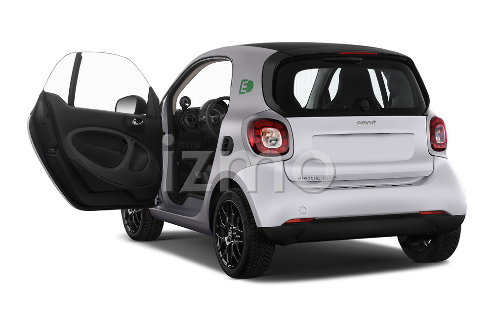 Car images close up view of a 2018 Smart fortwo prime coupe 3 Door micro car doors