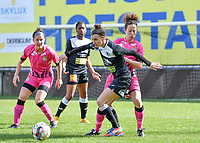 Justine Blave (22) of Eendracht Aalst pictured fighting for the ball with Ines Dhaou (5) of Sporting Charleroi during a female soccer game between Eendracht Aalst and Sporting Charleroi on the 18 th and last matchday before the play offs of the 2020 - 2021 season of Belgian Scooore Womens Super League , Saturday 27 th of March 2021  in Aalst , Belgium . PHOTO SPORTPIX.BE | SPP | DAVID CATRY
