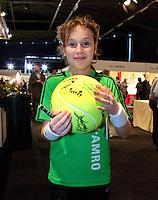 2011-02-07, Tennis, Rotterdam, ABNAMROWTT,  Een trotse handtekening jager