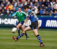 Photo: Richard Lane/Richard Lane Photography. Bath Rugby v Leinster. Heineken Cup. 11/12/2011. Bath's Stephen Donald kicks.