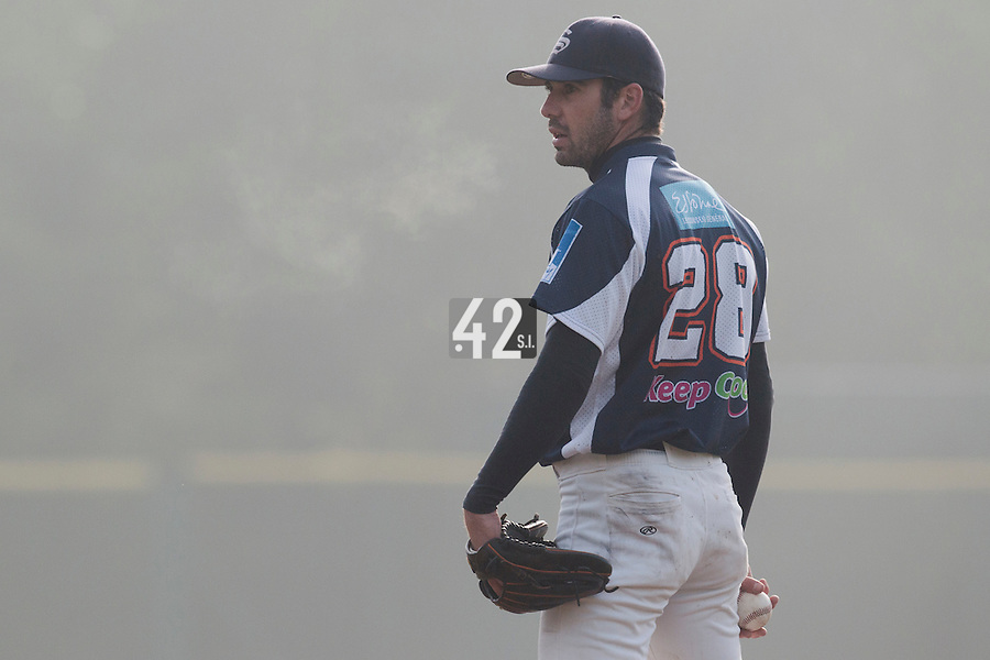 24 October 2010: Pierrick Lemestre of Savigny pitches against Rouen during Savigny 8-7 win (in 12 innings) over Rouen, during game 3 of the French championship finals, in Rouen, France.
