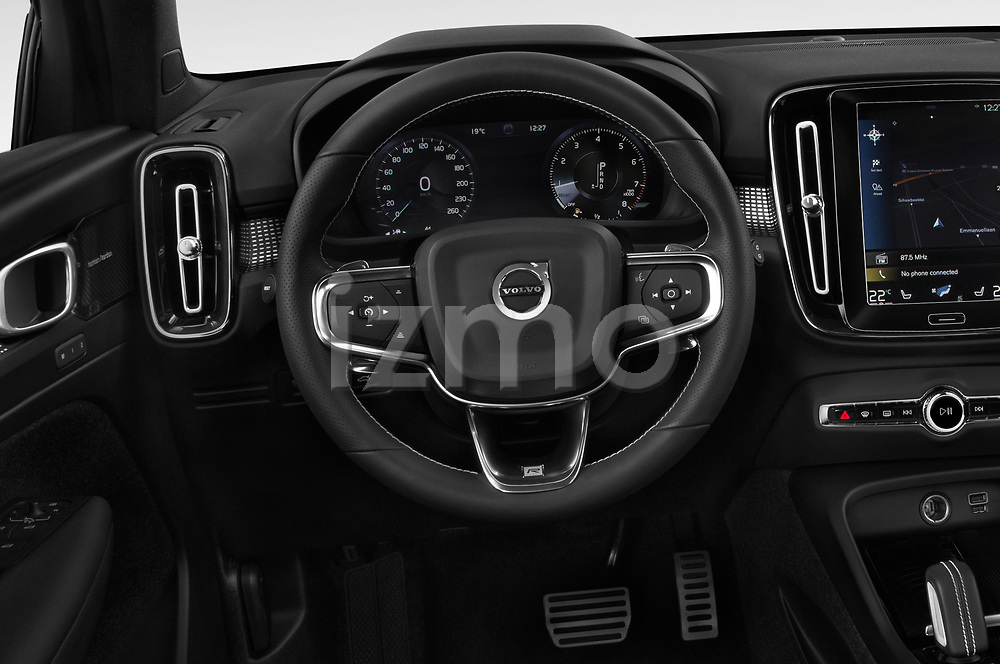 Car pictures of steering wheel view of a 2019 Volvo XC40 R-Design 5 Door SUV