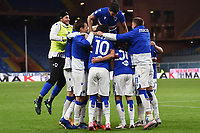 Mikkel Damsgaard of UC Sampdoria celebrates with team mates after scoring the goal of 3-0 during the Serie A football match between UC Sampdoria and SS Lazio at stadio Marassi in Genova (Italy), October 17th, 2020. <br /> Photo Image Sport / Insidefoto