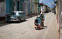 27/07/18<br /> <br /> Street cleaner, Trinidad, Cuba.<br /> <br /> All Rights Reserved, F Stop Press Ltd. (0)1335 344240 +44 (0)7765 242650  www.fstoppress.com rod@fstoppress.com