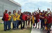 FORTALEZA - BRASIL -04-07-2014. Los hinchas colombianos disfrutan previo al juego de los cuartos de final entre Colombia (COL) y Brasil (BRA), hoy 4 de julio de 2014, por la Copa Mundial de la FIFA Brasil 2014 jugado en el Estadio Castelao de Fortaleza./ Fans of Colombia enjoy prior the match of the Quarter-Finals between Colombia (COL) and Brazil (BRA), today July 4 2014 for the 2014 FIFA World Cup Brazil played at Castelao stadium in Fortaleza. Photo: VizzorImage / Alfredo Gutiérrez / Contribuidor