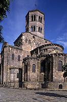 Europe/France/Auvergne/63/Puy-de-Dôme/Issoire: Chevet de l'église Saint-Austremoine (Ancien abbatiale XIIème siècle)